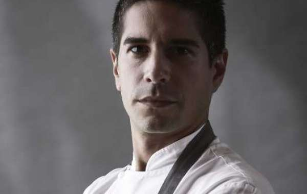 Chef de Cuisine Cesar Bartolini Celebrates Ten Years with Gordon Ramsay