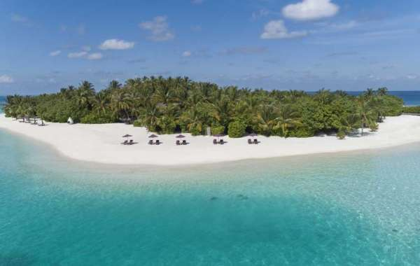 Condé Nast Traveler US Names Naladhu Private Island Maldives Best Resort In the Indian Ocean Two Years in a Row