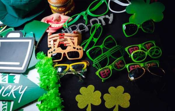 McGettigan's JBR Celebrating One Lucky Year of Business
