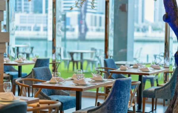 La Cruise at Canal Central Hotel in Business Bay  Offers a Refreshing Dining Experience