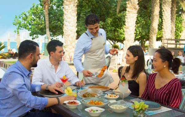 Al Nafoorah Launches First All-day Beach Brunch in Jumeirah Zabeel Saray