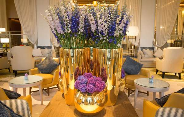 Alissar Flowers Makes Special Arrangements for Jumeirah Al Naseem to Celebrate UAE National Day