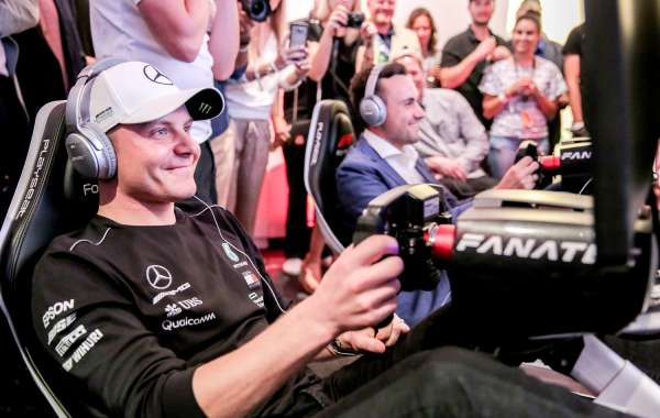 Marriott International Loyalty Members Get Up Close with Mercedes-AMG Petronas Motorsport Driver, Valtteri Bottas