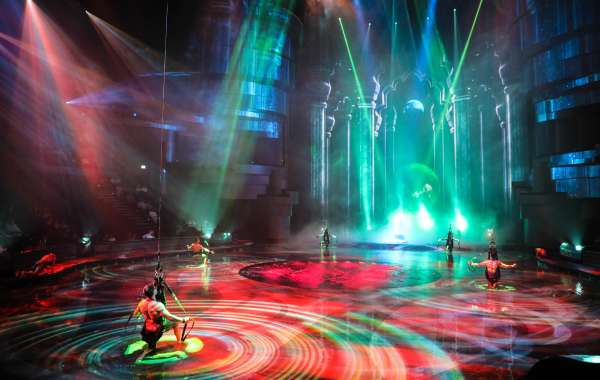 La Perle has the Festive Season Wrapped