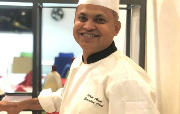 Hawthorn Suites by Wyndham JBR Welcomes New Executive Chef