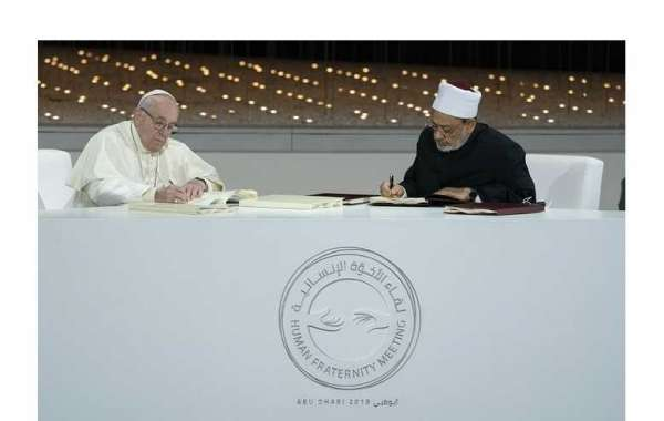 Pope Francis and Grand Imam of Al Azhar Sign Historic Abu Dhabi Declaration for World Peace and Living Together