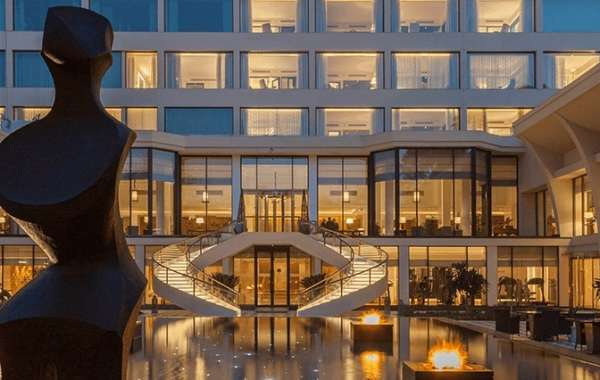The Oberoi, New Delhi is in the Top 5 Destinations for Art and Design Lovers in January 2019