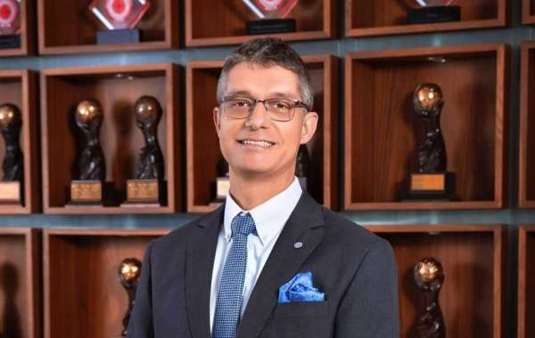 Rotana Appoints New Corporate Vice President - Food & Beverage Operations