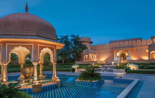 """The Oberoi Hotel Featured in """"How To Experience The Spectacular Pink City In Style"""""""