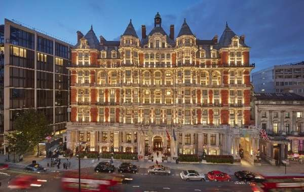 Mandarin Oriental Hyde Park, London Re-Opened Entirely Today