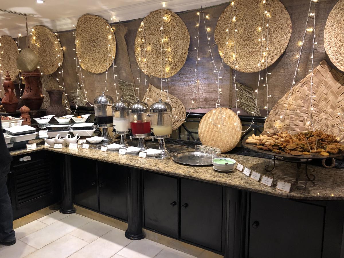 Iftar in the heart of Bur Dubai at Arabian Courtyard Hotel – Vandanarajbhatt