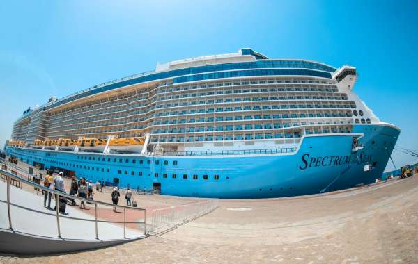 "Dubai Welcomes High-Tech Cruise Ship ""Spectrum of the Seas"" as it Makes its Maiden Voyage into Arabian Gulf"