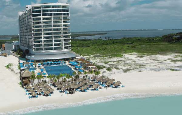 Seadust Cancun Family Resort Finalizes Extensive Renovation at Mediterranean Lighthouse Restaurant