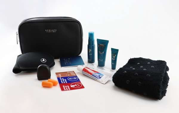 Turkish Airlines keeps providing privileged flight experience for its guests with its new travel sets.