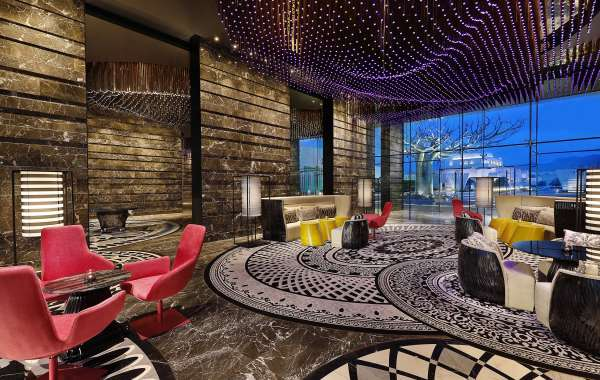 Dive In: W Hotels Debuts in Oman with the Opening of W Muscat