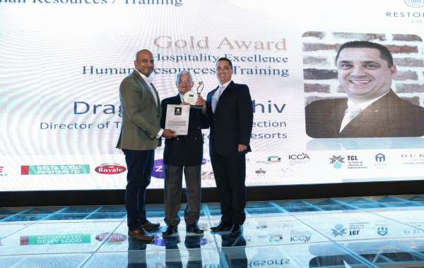 Dragos Paraschiv, Gold Award Winner for Hospitality Excellence Human Resources / Training