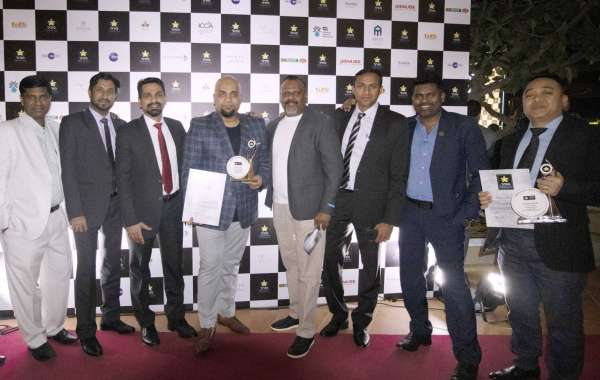Dubai International Hotel Claims Double Victory at Hozpitality Excellence Awards 2019