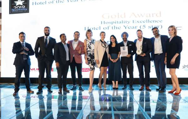 FIVE Palm Jumeirah Dubai Secured its Spot for Hospitality Excellence as 5 star Hotel of the Year