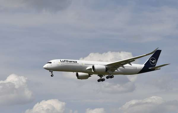 Lufthansa Airlines will Bring Dubai Back to its Schedule