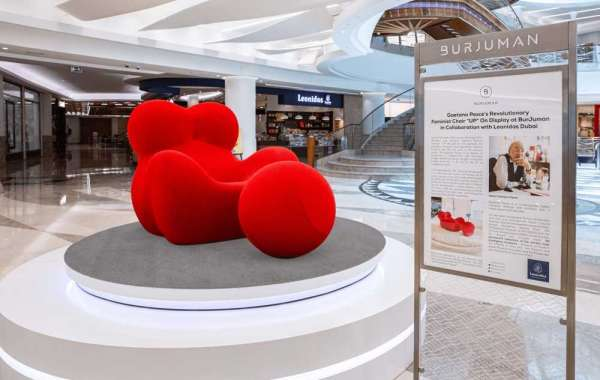 "Award-winning Italian Designer Gaetano Pesce's Revolutionary Feminist Chair ""UP"" On Display at BurJuman"