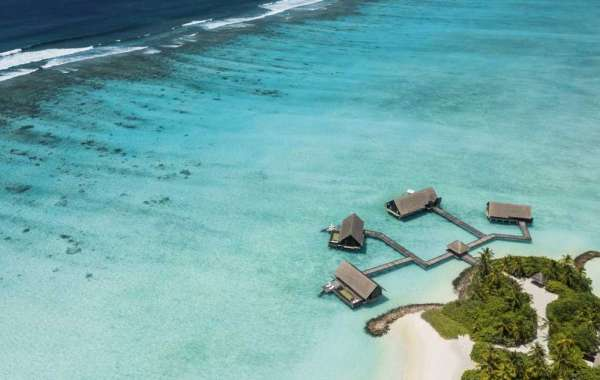 6 Reasons to Visit One&Only Reethi Rah in the Maldives