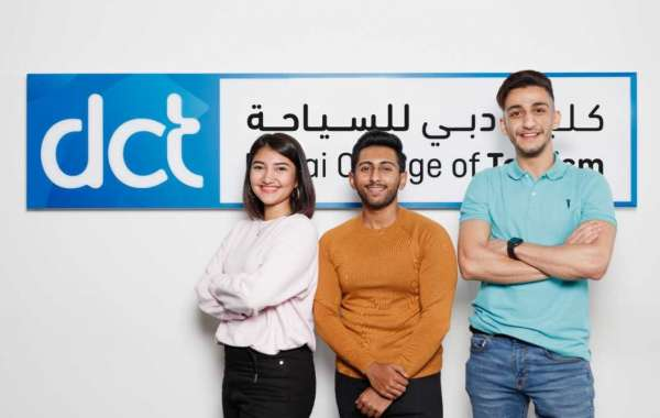 DCT Announces Scholarships and Awards for Upcoming Academic Year
