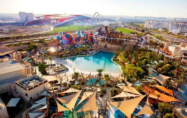 Yas Waterworld Welcomes Back Fans with a Spectacular Water Show!