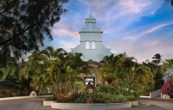 Spice Island Beach Resort Plans to Reopen until October 2021