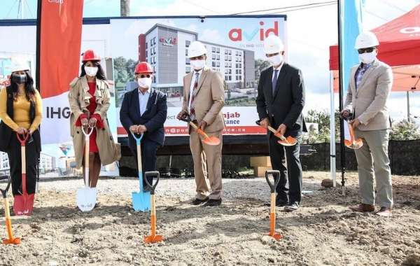Groundbreaking of the First avid™ hotel in Canada