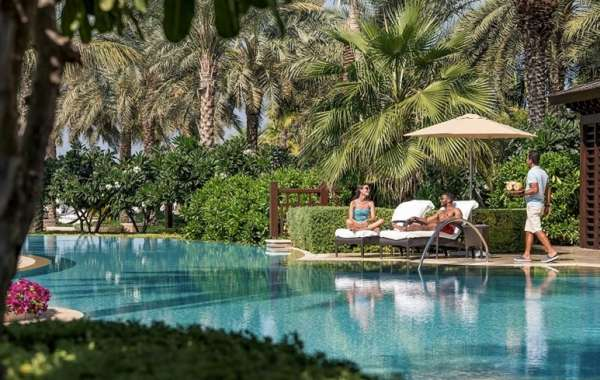 Unlock the City's Secret with Four Seasons Hotels in Dubai