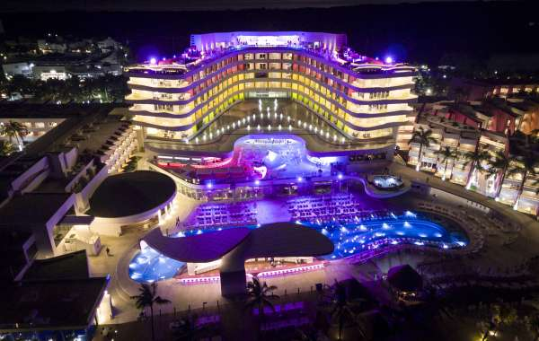 Temptation Cancun Resort's Nightly Spicy Themed Parties Set the Tone for an Unparalleled 2021